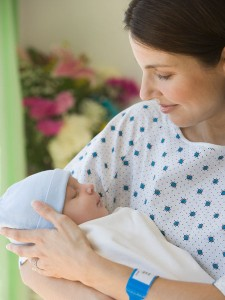Como-ayudar-al-recien-nacido-a-adaptarse-a-su-nuevo-entorno_reference